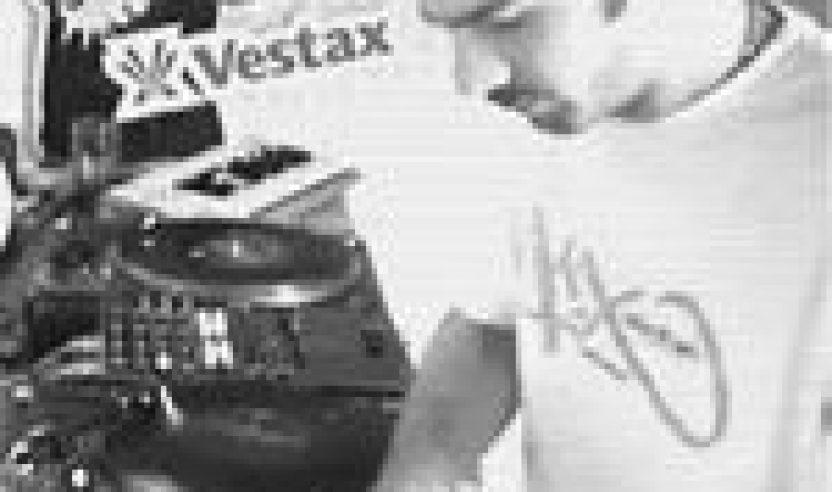 Video: DJ Unkut DMC Routine