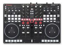 Review: Vestax VCI-400 4-Kanal DJ-Controller, BPM-Show 2011