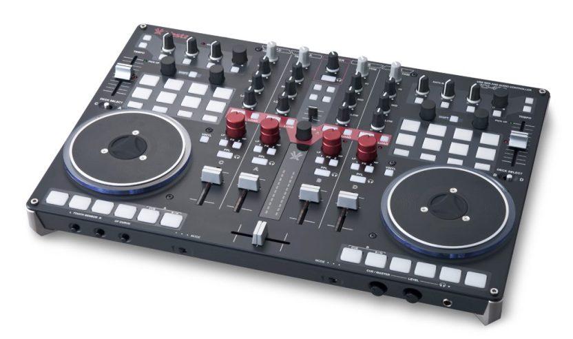Firmware-Update: Vestax VCI-400 bekommt eine Mixerfunktion