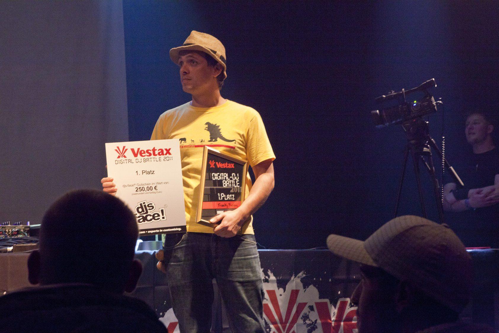 Review: Vestax Digital DJ Battle 2011 + QBert / DJ Unkut Showcase
