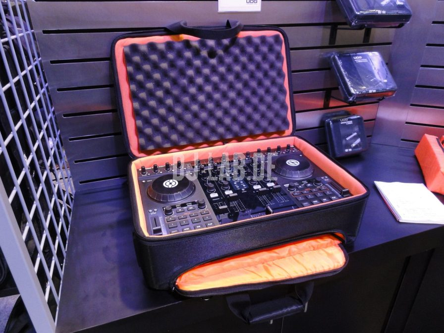 UDG: Pioneer DDJ & Native Instruments S4 Backpack, NAMM 2012