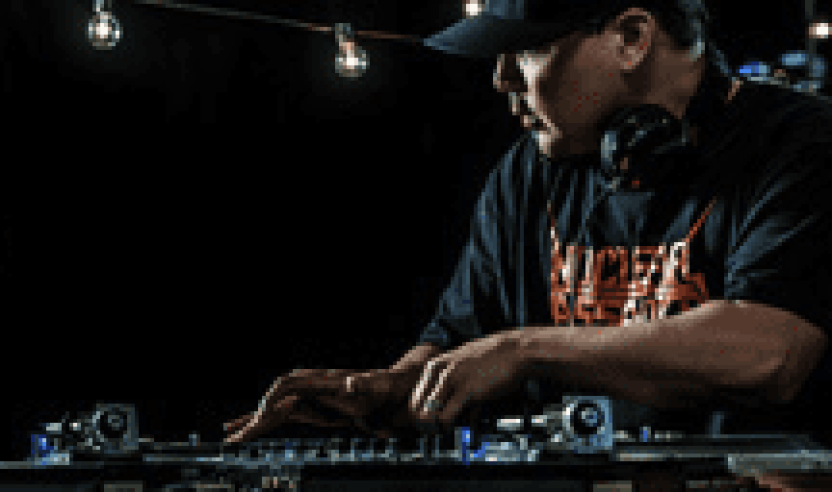 Video: Serato SSL Performance Video mit Mix Master Mike und den neuen Control Vinyls