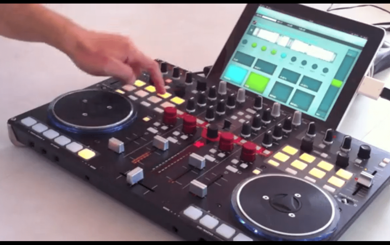DJ-Player App: Ersetzt das iPad nun den Laptop ?DJ-Player App: Replace your Laptop with an iPad ?