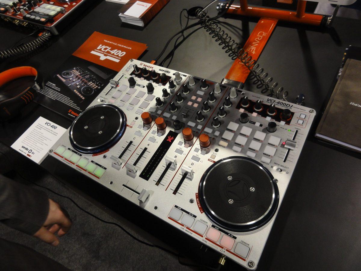 Alles was ihr über das Vestax VCI-400 Serato DJ Upgrade wissen müsst.All you should know about the VCI-400 Serato DJ upgrade