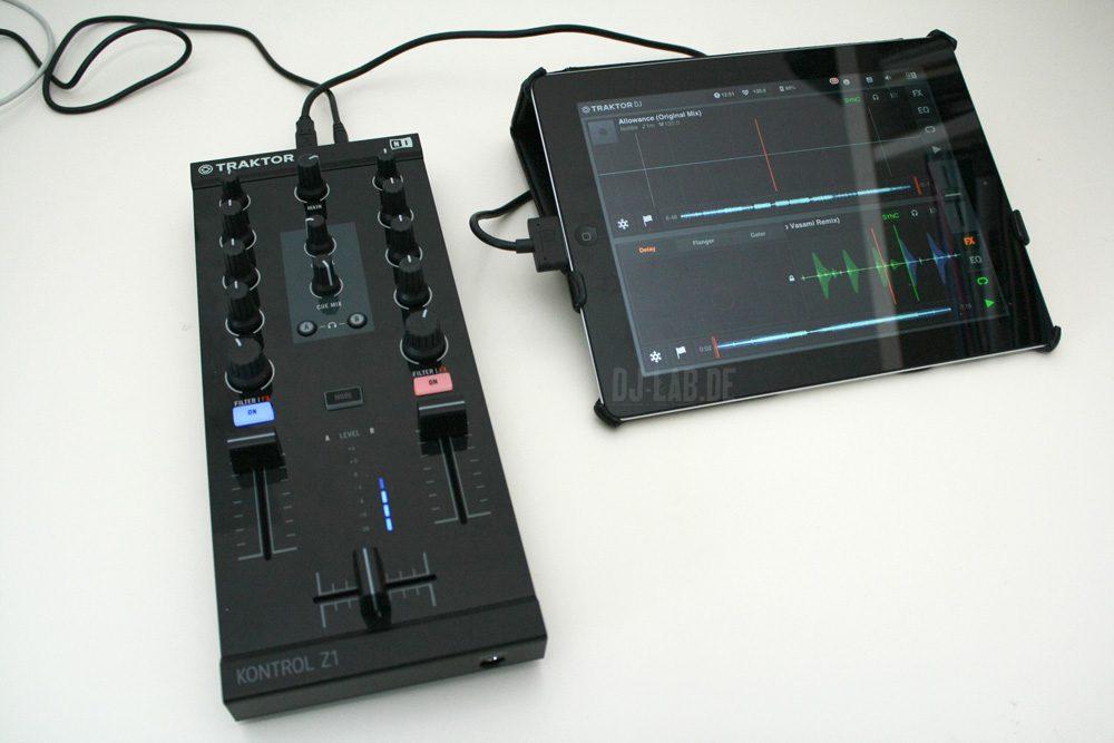 Test: Native Instruments Traktor Kontrol Z1 - Modularer Mix-Controller mit Audio-InterfaceReview: Native Instruments Traktor Kontrol Z1 - modular mix-controller with audio-interface