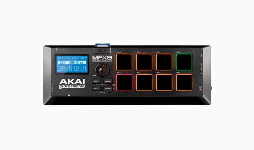 Test: Akai MPX8