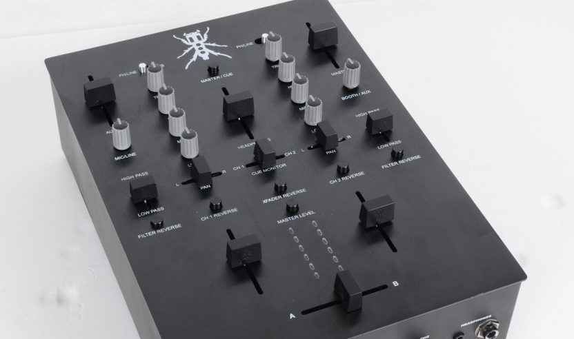 NAMM 2014: DJ Tech & Thud Rumble TRX - QBerts Kickstarter Battlemixer