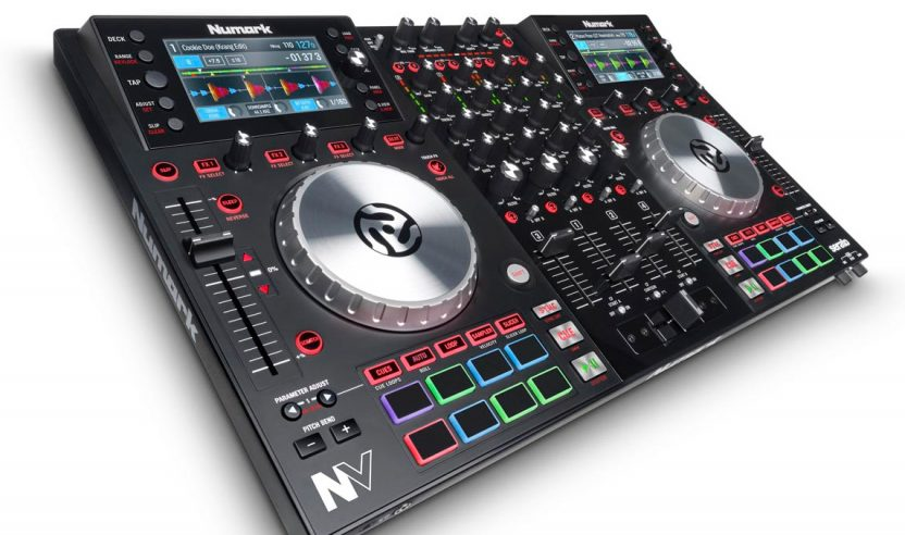 Numark NV - 4-Deck DJ-Controller mit Screens