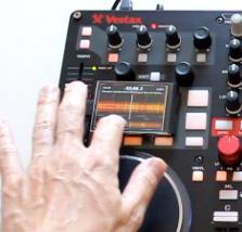 Mini-Touchscreens als Add-On für DJ-Controller