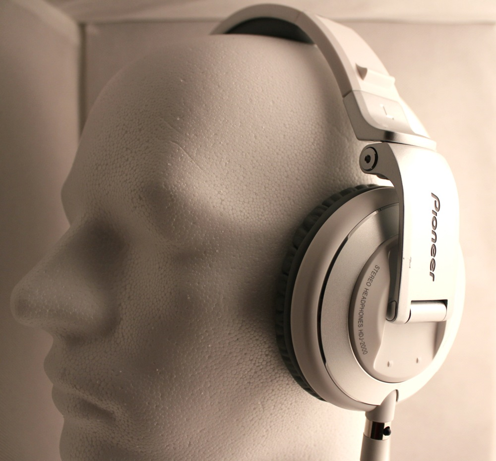 Test: Pioneer HDJ-2000 DJ-Kopfhörer