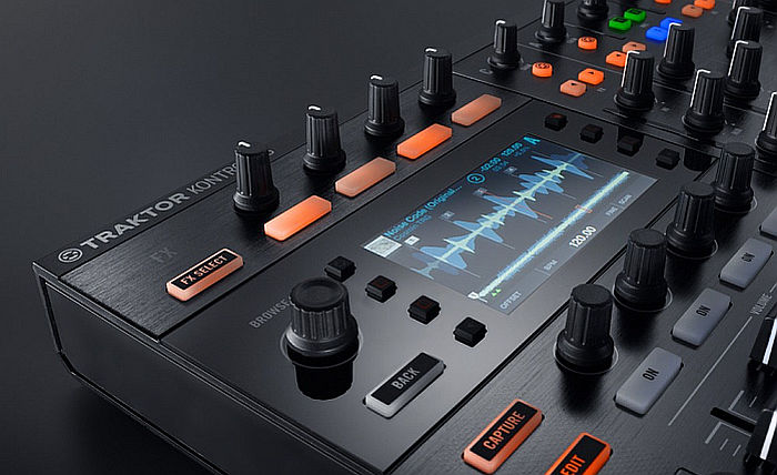 KONTROL S8 Display