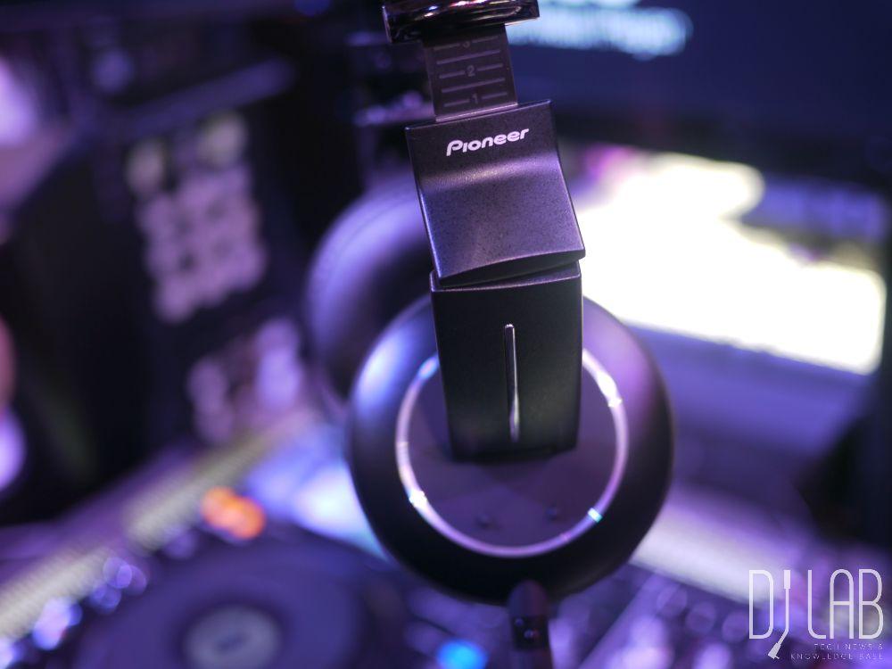 Neu: Pioneer HDJ-2000MK2 - DJ-Kopfhörer, NAMM 2015