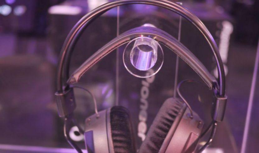 Neu: Pioneer HRM-7 - Von den Decks ins Studio, NAMM 2015