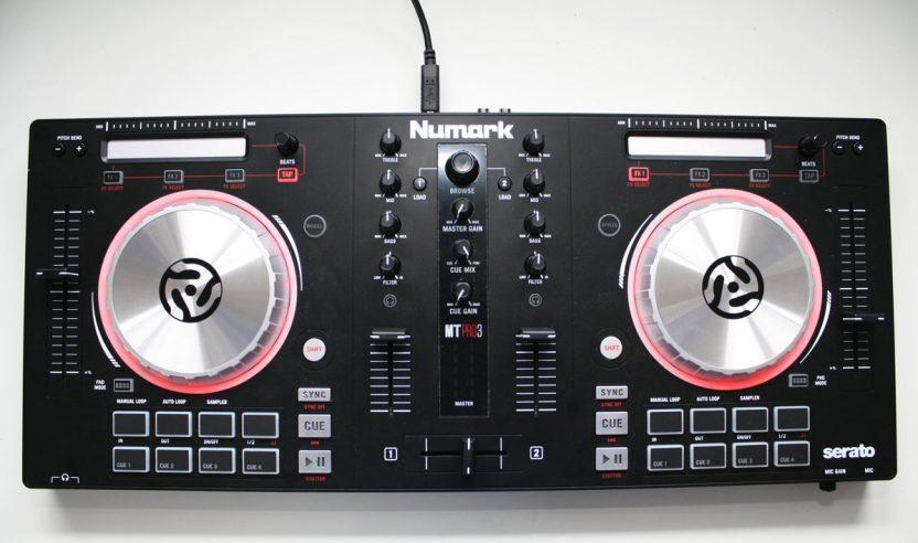 Test: Numark Mixtrack Pro 3 – Was kann die Neuauflage des Controllers?