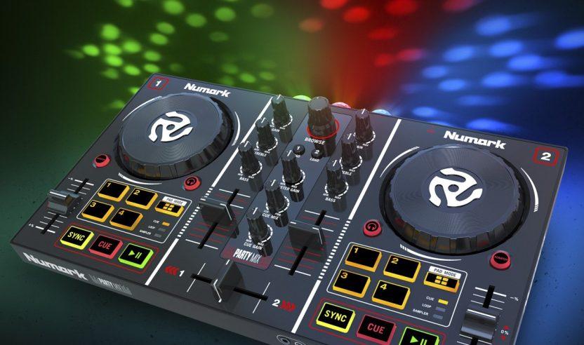 Neu: Numark Partymix - Diskolicht im Controller
