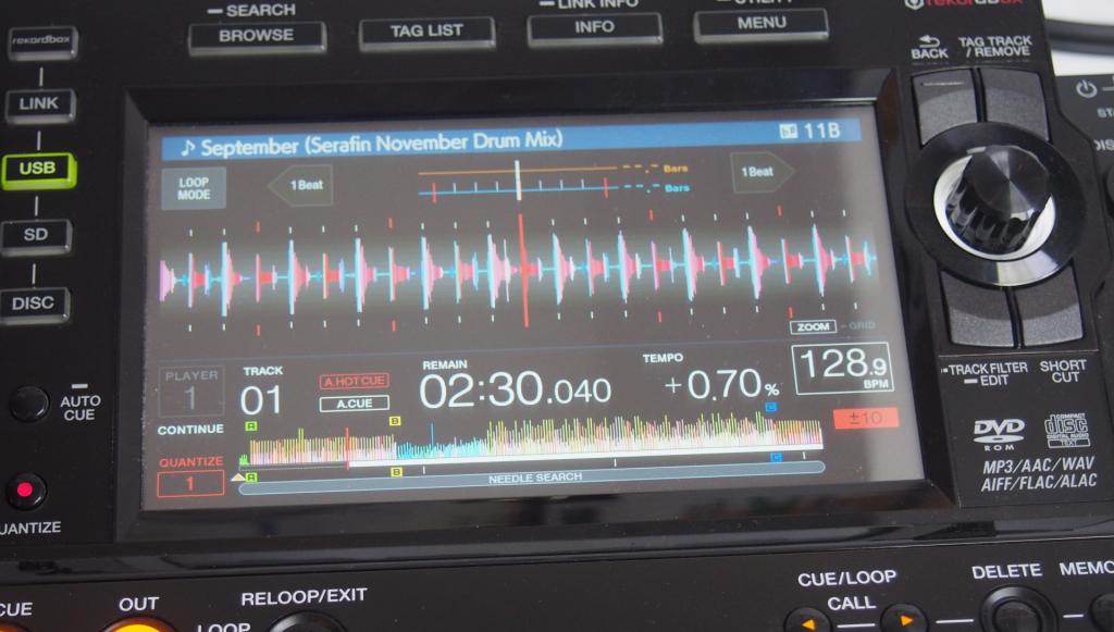 Pioneer CDJ-2000 NXS2 Review deutsch Touchdisplay