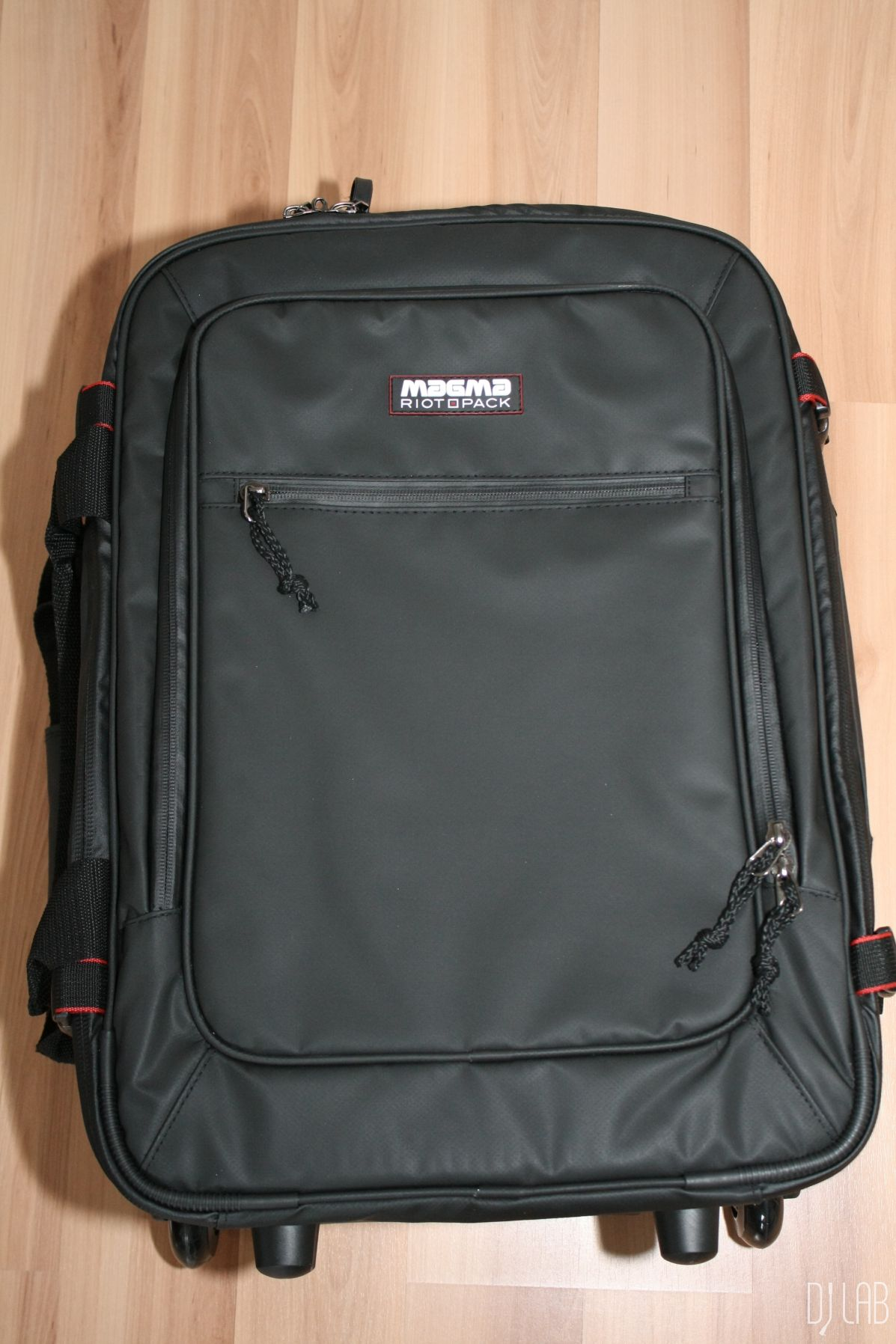 Magma - Riot Carry-On Trolley