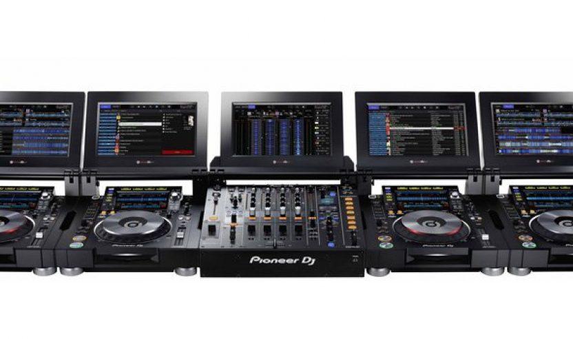 Neu: Pioneer DJM-Tour1 & CDJ-Tour1 - Toursystem mit Screens