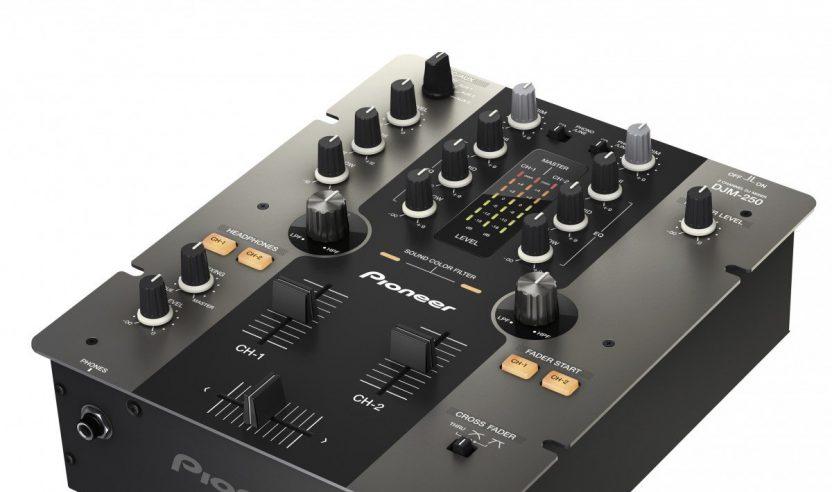 PIONEER DJM-250 erreicht die U200-Marke