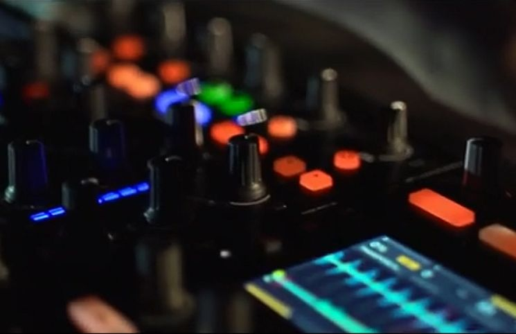 "TRAKTOR KONTROL S8 - ""Is Shaping Our Future"""
