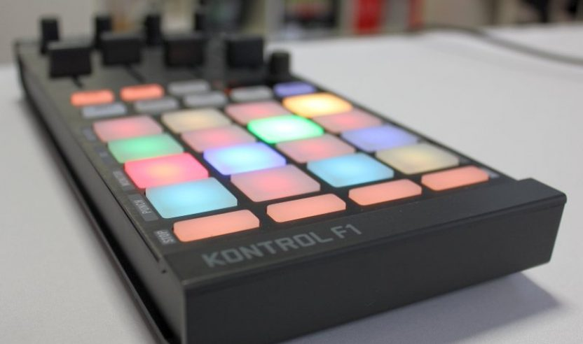 NI TRAKTOR KONTROL F1 - Review