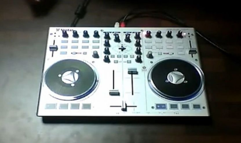 Vestax VCI-100MK2 - Kurztest (mit Video)