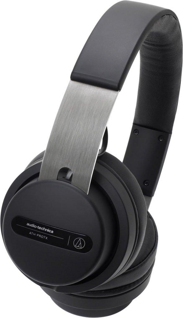 Ein Audio Technica ATH PRO7X Kopfhörer.