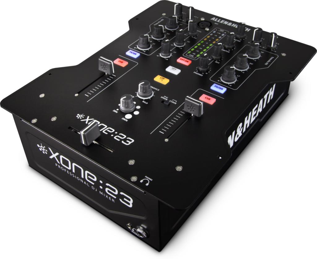 Gehört in jedes Plattenspieler Setup: Ein Mixer.