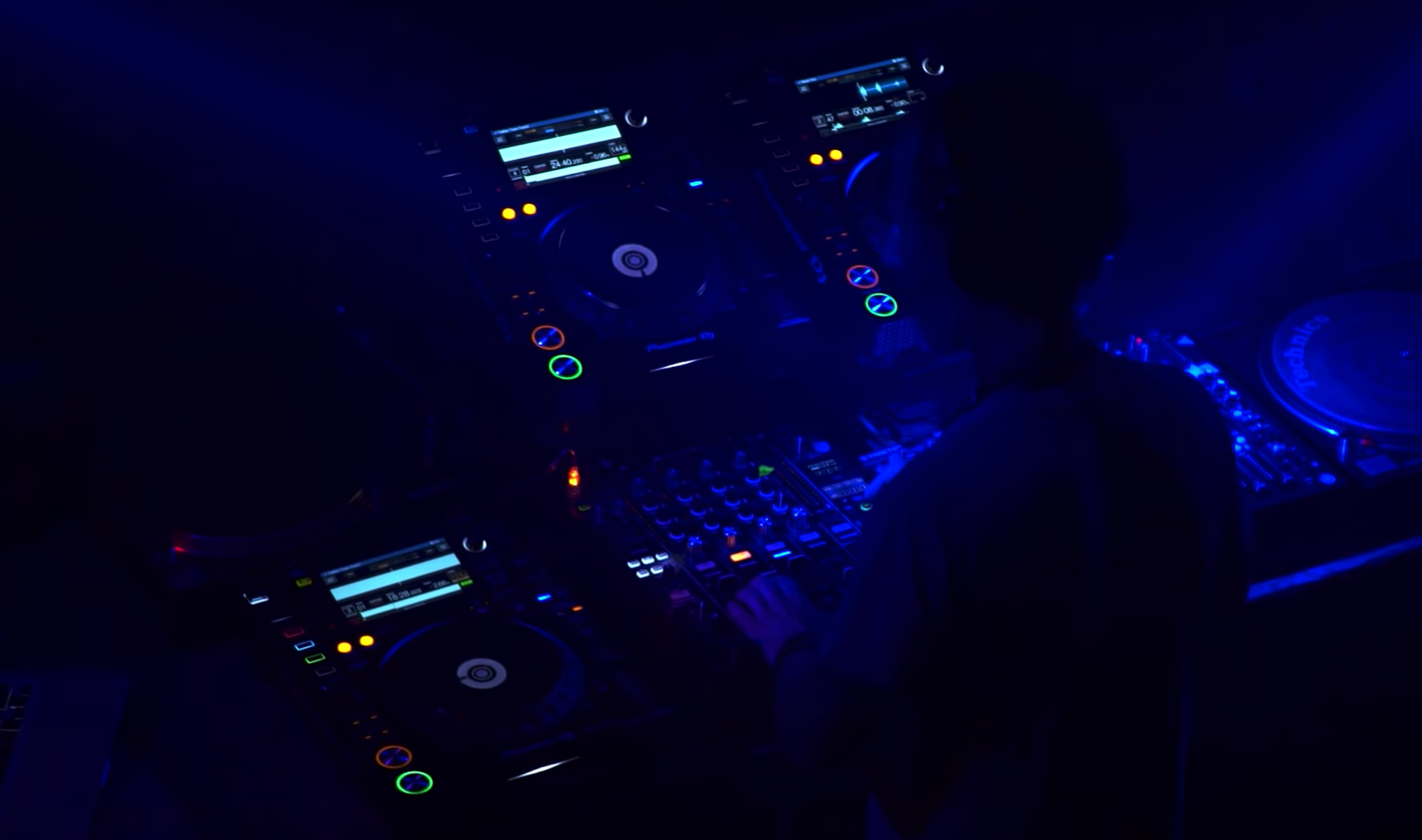 Videotipp: Wie Technologie das DJing verändert hat