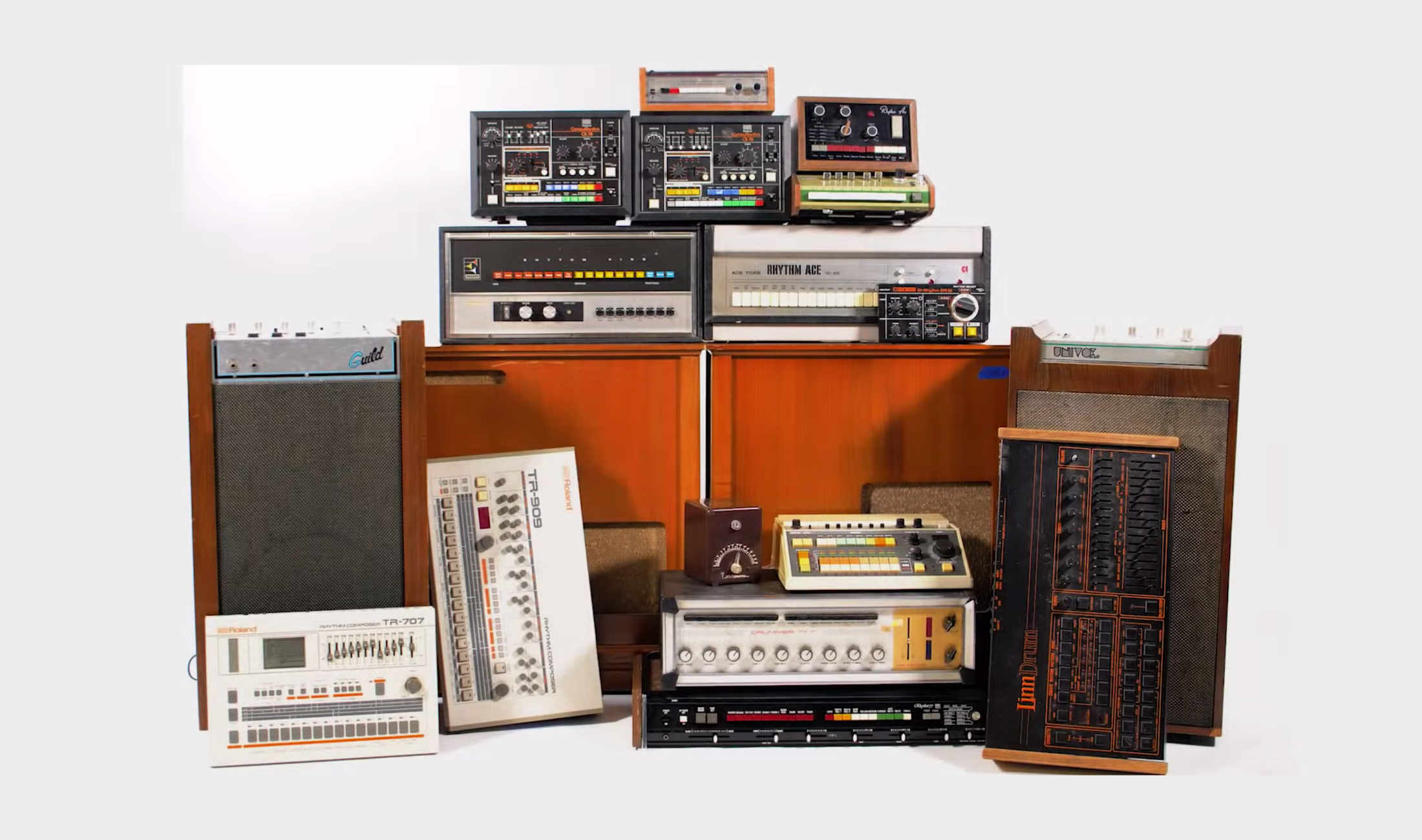 Für den guten Zweck: Moby verkauft seine 200 Drum Machines