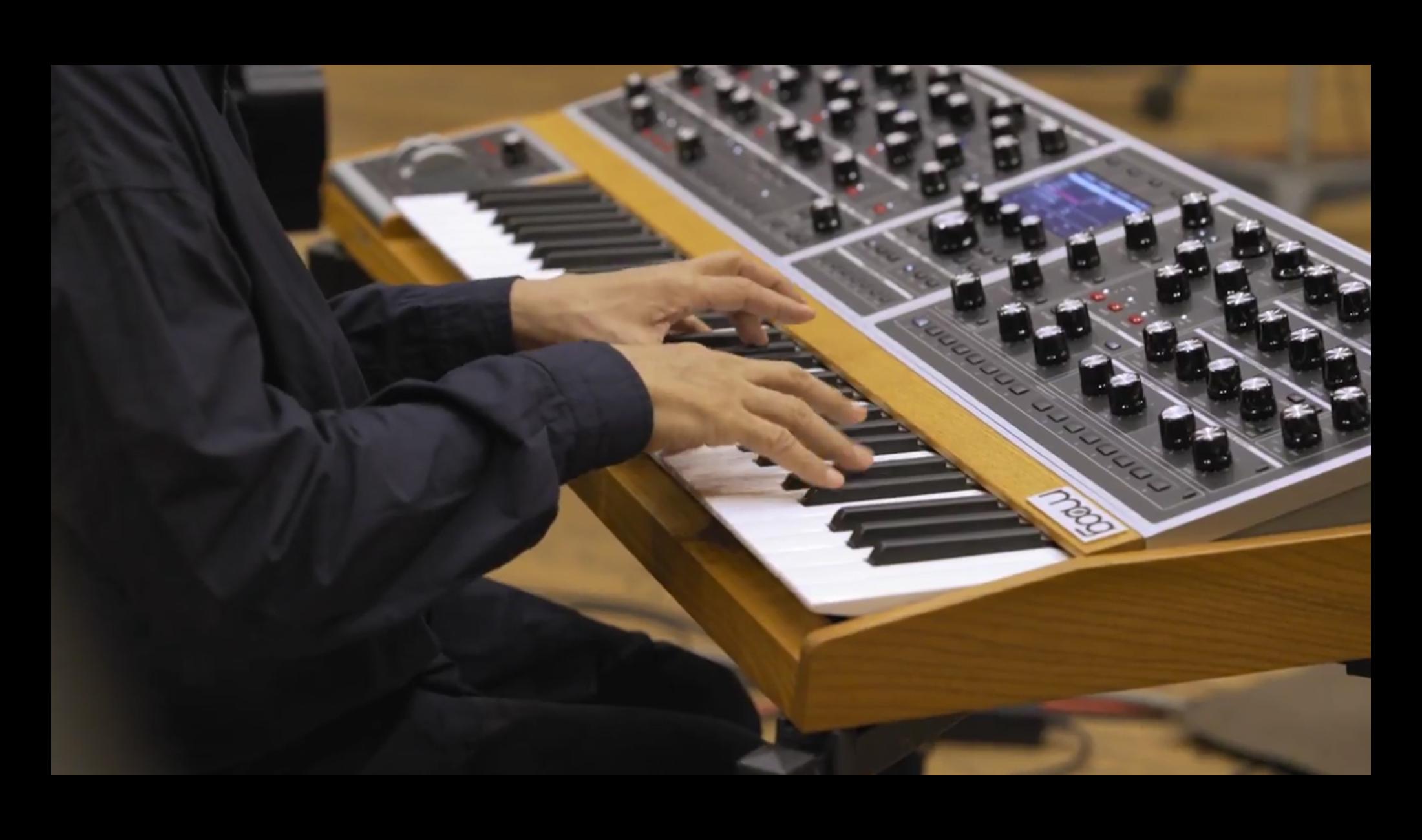 Moog One: Tolles Video mit Soundbeispielen von prominenten Musikern