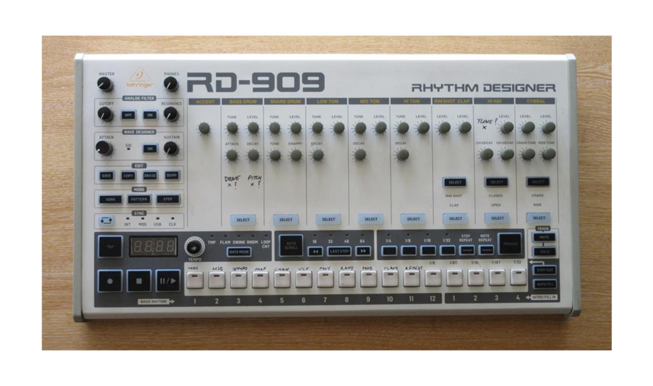 Behringer veröffentlicht neue Infos zum kommenden TR-909 Klon RD-909