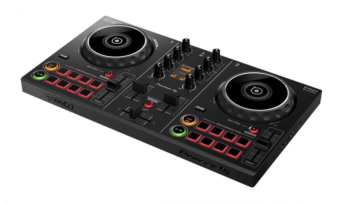 Test: Pioneer DJ DDJ-200