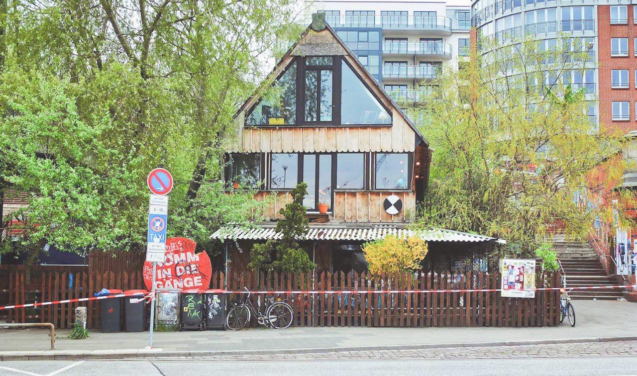 Hamburg: Golden Pudel eröffnet neuen Raum