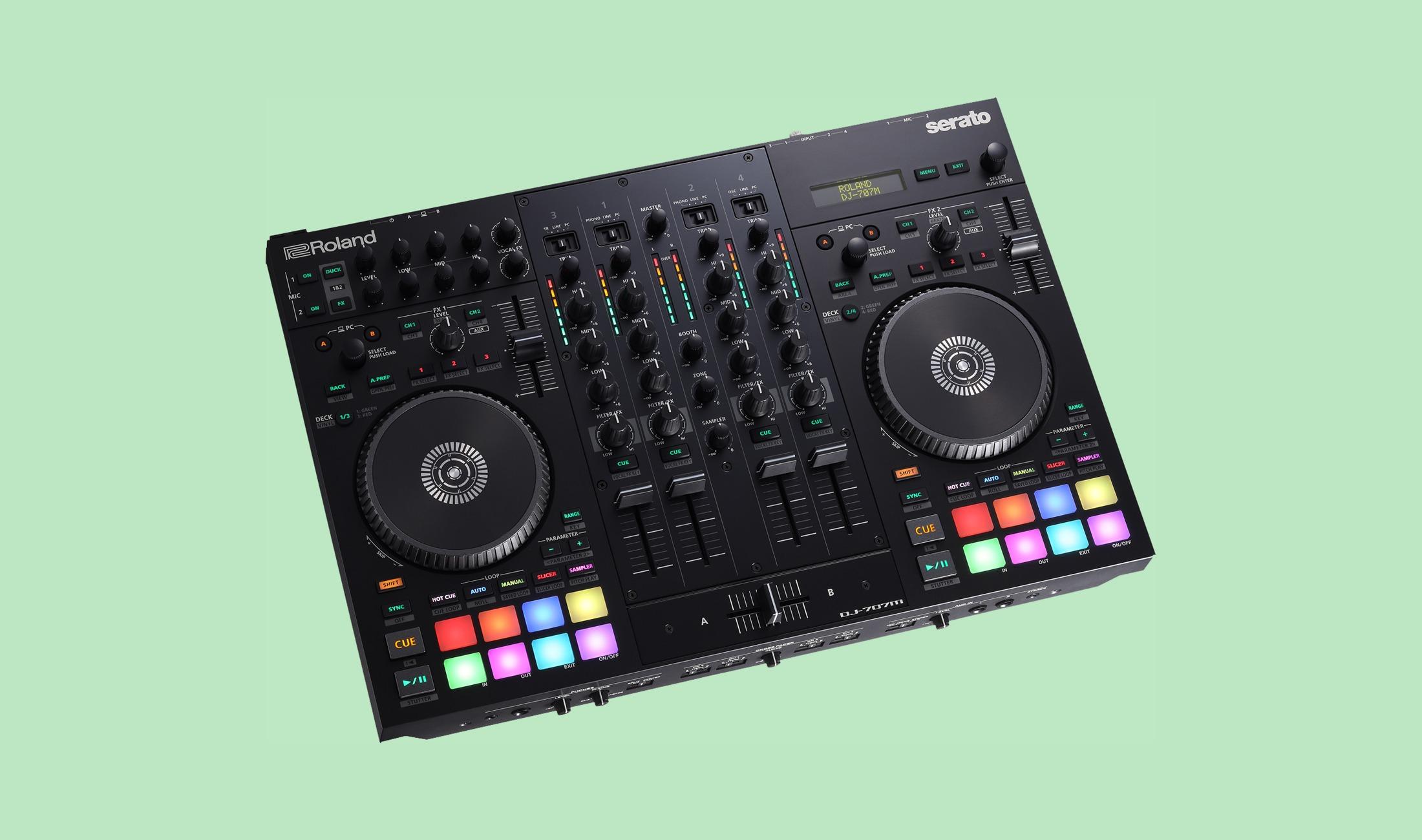 Der Roland DJ-707M DJ-Controller.