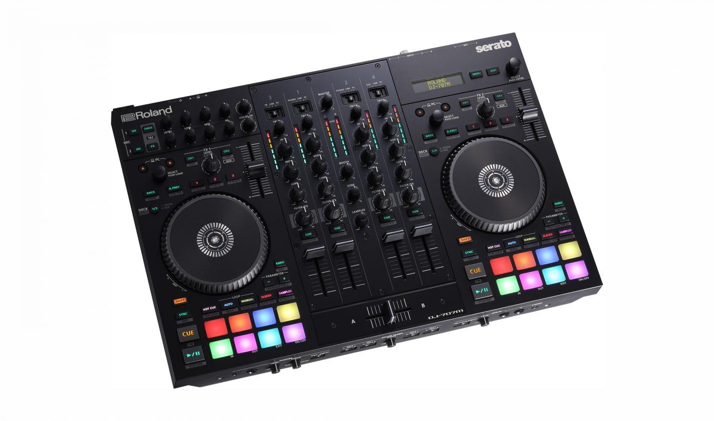 Test: Roland DJ-707M – Mobiler DJ-Controller