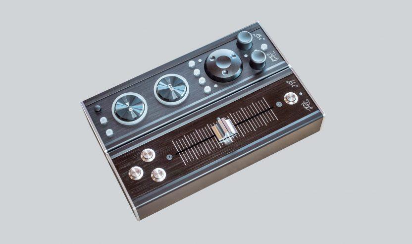 Dark Controller: Boutique-Controller aus Teilen von Technics und Pioneer