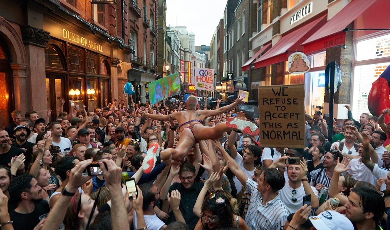Protestrave für ein erneutes Brexit-Referendum in London - DJ LAB