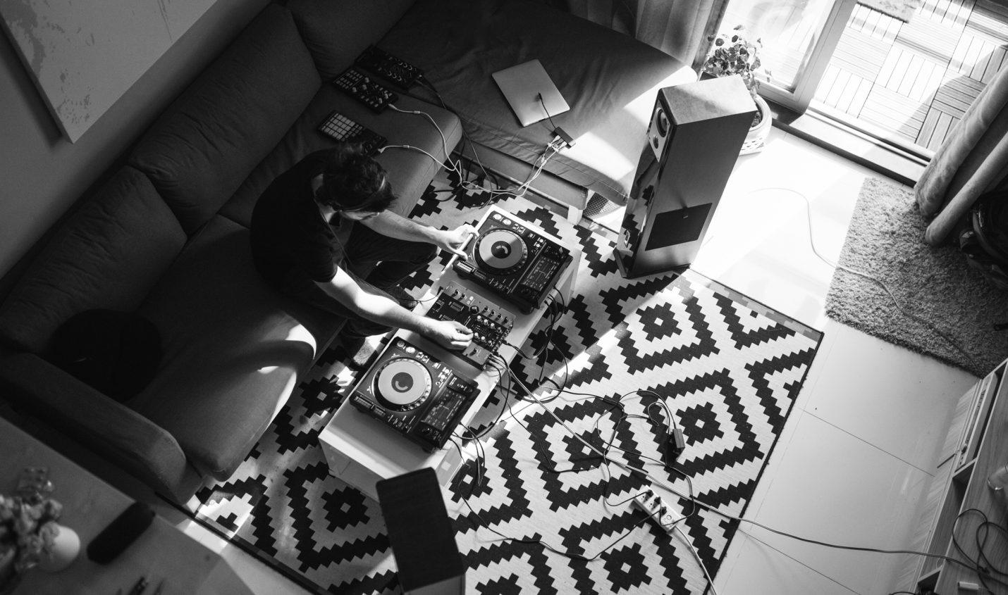 Sennheiser präsentiert den DJ-Kopfhörer HD25 Light in neuer Version - DJ LAB
