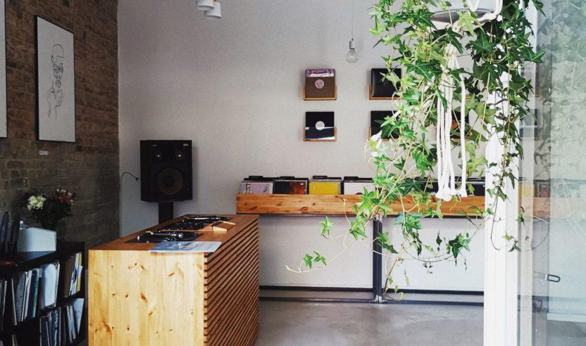 Move The Record: Plattenläden veranstalten 24-Stunden Stream