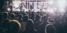 Frankreich erlaubt Events mit 5.000 Personen ohne Social Distancing