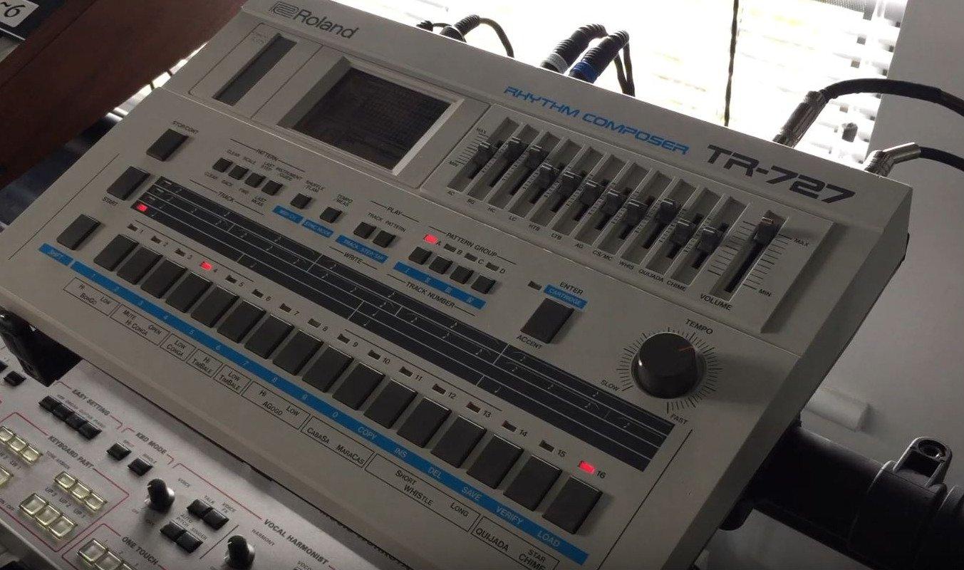 Roland TR-707 und TR-727: Neue Erweiterung mit 8 Drummachines