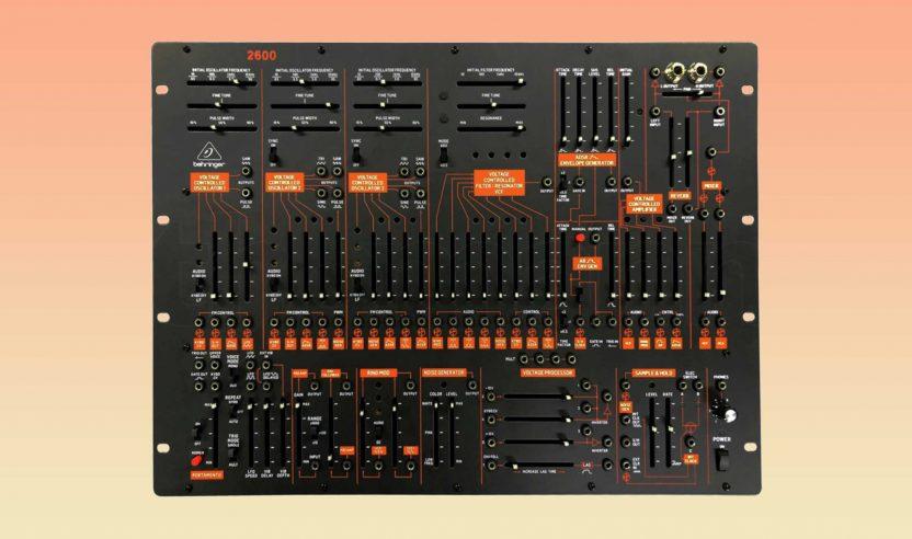 Behringer 2600: Semi-modularer Synth-Klassiker ab sofort für 599 EUR