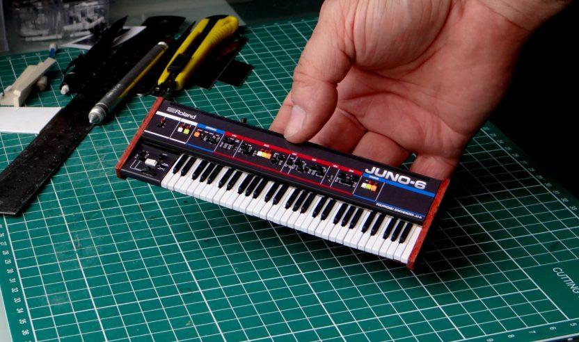 Miniatur Synthesizer: Juno, 808, OB-X und Co. als winzige Nachbauten