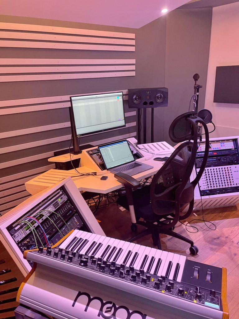 Marc Romboy im Studio Interview.