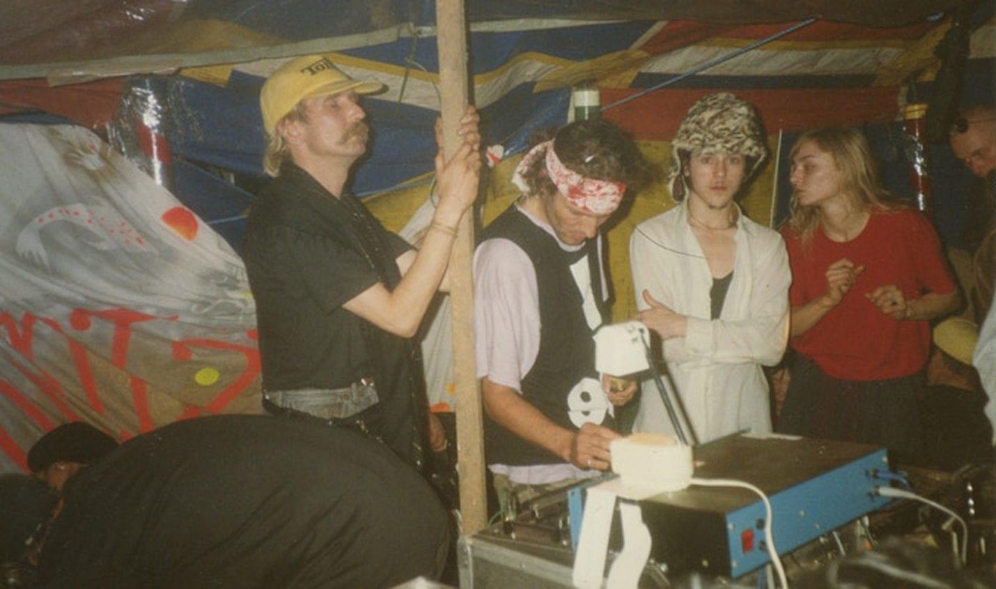Tipp: Dokumentation über Free-Party Rave-Szene der 90er