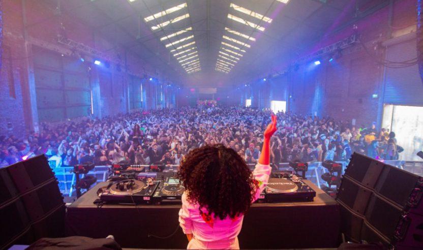 'The First Dance': Liverpool veranstaltet ersten legalen Rave seit Pandemiebeginn