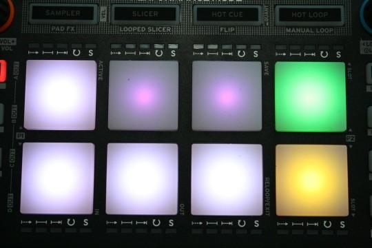 Reloop Neon - Pad FX