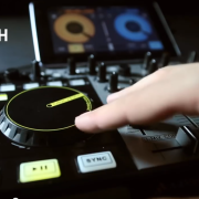 Mixvibes Cross DJ auf Android & U-Mix Control