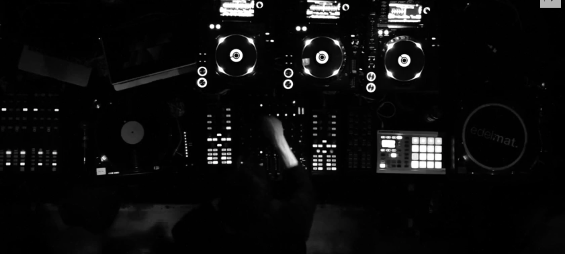 https://boilerroom.tv/session/playdifferently-richie-hawtin-friends/